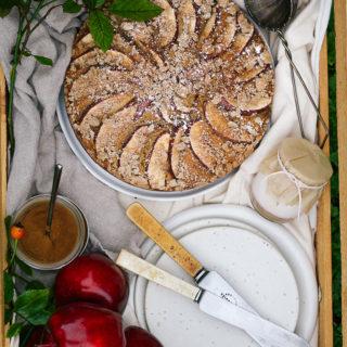 hawaij-spiced-apple-streusel-cake_-8