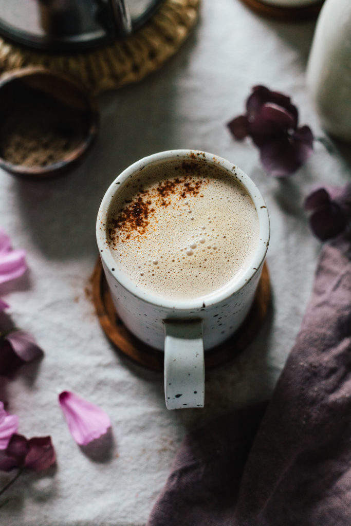 Warming Spice Latte with Walnut Milk 4